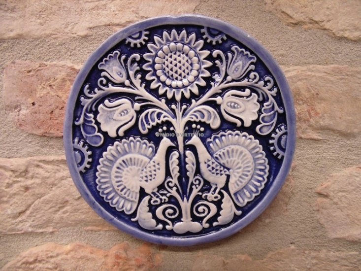 Bomboniera piastrella pavoni tondo cm blu invetriato tondo